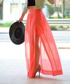 Discover and organize outfit ideas for your clothes. Decide your daily outfit with your wardrobe clothes, and discover the most inspiring personal style Daily Fashion, Look Fashion, Fashion Beauty, Beauty Style, Fashion Details, Skirt Fashion, Urban Fashion, Fashion Fashion, Spring Fashion