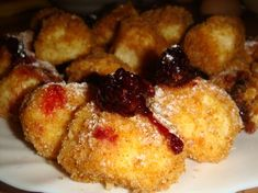 Reteta culinara Papanasi fierti din categoria Prajituri. Cum sa faci Papanasi fierti