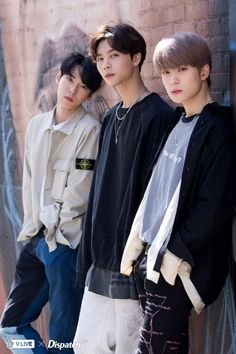 NCT 127 turns L.A street into their stage NCT 127 has made an impressive debut in the US. Dispatch conducted a photoshoot with 10 members on the streets of L. Winwin, Jaehyun Nct, Nct Dream, Nct 127 Members, Nct Johnny, Nct Doyoung, Jung Jaehyun, Nct Taeyong, K Idol