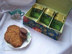 Всем здравствуйте кто зашел в гости. Проходите попьем чайку. Сегодня зеленый с печеньем. Пакетики можно взять в  специальной коробушке в цветочек.  Приятного чаепития. фото 2