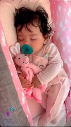Cute Little Baby, Pretty Baby, Cute Baby Girl, Little Babies, Baby Kids, Cute Baby Videos, Cute Baby Pictures, Cute Mixed Babies, Cute Babies