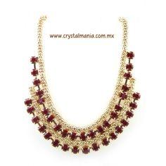 Collar en base dorada con detalle en color rojo estilo 30421