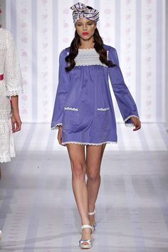 See the complete Luisa Beccaria Spring 2013 Ready-to-Wear collection.