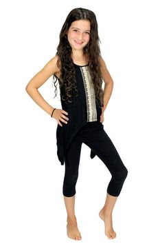 This top adds just the right amount of sparkle to your outfit and has a super fun hemline!