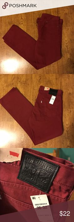 Men's Levi's 36x32 jeans maroon color NWT Awesome pants! Men's Levi's brand 36x32 NWT Levi's Pants Corduroy