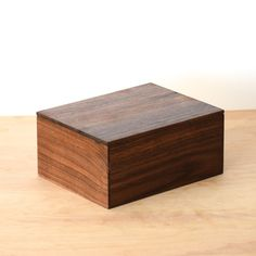 Walnut Box For 5x7 Photos by LiveGrainDesigns on Etsy