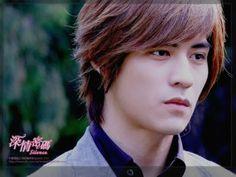 Vic Zhou #F4 Asian Celebrities, Asian Actors, Celebs, Drama Taiwan, Vic Chou, Jerry Yan, Chinese Man, Meteor Garden, Asian Hotties