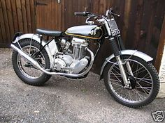 AJS Matchless 400 pre 65 Trials rigid with Teles Ajs Motorcycles, American Motorcycles, Vintage Motorcycles, Vintage Cafe Racer, Vintage Bikes, Motos Trial, Trial Bike, Motorcycle Engine, Old Bikes