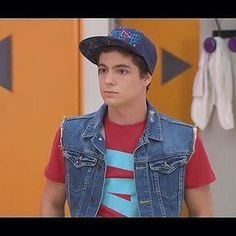 1000 images about violetta on pinterest martina stoessel disney channel and leon - Violetta et maxi ...