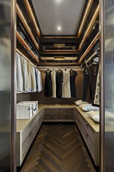 Nice 47 Best Modern Storage Closets Designs Ideas. More at https://homenimalist.com/2018/04/27/47-best-modern-storage-closets-designs-ideas/