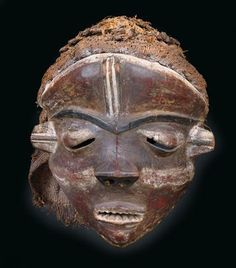 Pende, DR Congo: A mask of West-Pende.