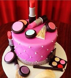 Amazing favorite  makeup cake