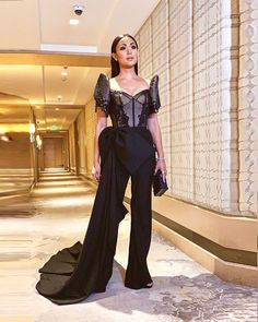 Modern Filipiniana Gown, Filipino Fashion, Grad Dresses, Celebrity Look, Dress Me Up, Occasion Dresses, Designer Dresses, Baro't Saya, Gowns
