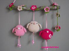 Jan 2016 - Bird Gurumi Crochet Pattern by LuvlyGurumi on Etsy Crochet Birds, Love Crochet, Crochet Animals, Crochet Flowers, Crochet Baby, Knit Crochet, Crochet Home, Crochet Crafts, Crochet Dolls