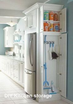 Astonishing Hidden Kitchen Storage Ideas You Must Have Do you have a small kitchen? Perhaps odd-sized cabinets or a less-than-ideal layout? It can be tough to find efficiency … Clever Kitchen Ideas, Diy Kitchen Storage, Laundry Room Storage, Kitchen Pantry, New Kitchen, Cabinet Storage, Smart Storage, Clever Storage Ideas, Best Kitchen Layout