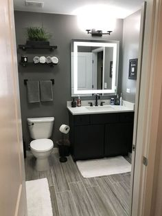 Unique gray and brown bathroom color ideas bathroomremodel gray bathroompaint painting bathroomdesign grayBathroom 619385754987864733 Grey Bathrooms Designs, Bathroom Design Small, Bathroom Interior Design, Bath Design, Modern Bathrooms, Tile Design, Farmhouse Bathrooms, Small Grey Bathrooms, Small Bathroom Ideas On A Budget