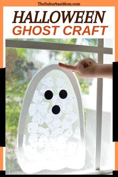 Are you afraid of ghosts? Not anymore, huh! Because ghosts can be your fun DIY craft, too! Celebrate the season with a fun DIY craft that will make you go boo! Check out the blog for more details on how to make this Halloween Ghost Craft. If you were looking for Halloween activities, then this is the one for you! This easy Halloween craft counts as a decor that you can easily do with your toddler. It is a preschooler activity too, now that sounds like a win-win! #festivecrafts #DIYcraftsforkids
