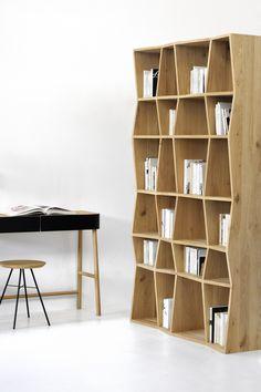 Belle étagère en bois. Originale