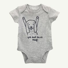 Must-have short sleeve bodysuit for a comfy baby all day, everyday. 100% organic cotton Short-sleeves Expandable neck Imported Machine washable
