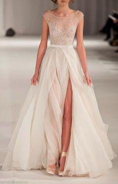 deep cut wedding dress <3