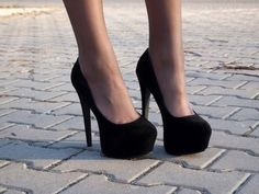perfect black shoes