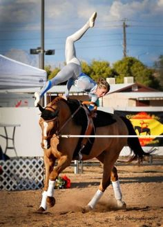 equestrianvaulting:  Mary M.