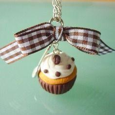 Sautoir gourmand, cupcake au chocolat, bijou gourmand