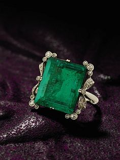 emerald and diamond ring, circa 1900