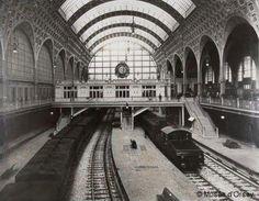 Parijs 1900 museé de'Orsay. Trainstation