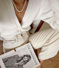 Inspired: Chinda Phraph, California {Must Have Style} Daily Fashion, Boho Fashion, Fashion Outfits, Womens Fashion, Fashion Trends, Style Fashion, Cheap Fashion, Winter Fashion, Moda Instagram