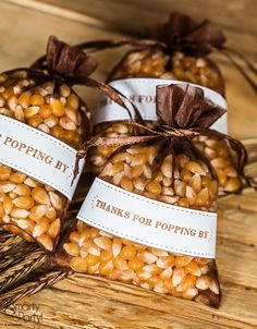 11 Sweet Wedding Favors for Autumn Popcorn party favor Popcorn Wedding Favors, Wedding Shower Favors, Popcorn Theme, Popcorn Favors, Fall Party Favors, Housewarming Party Favors, Homemade Party Favors, Sweet Wedding Favors, Wedding Ideas