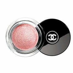 Chanel-Illusion-D'Ombre-_-The-best-make-up-for-green-eyes-_-Product-Reviews-_-Red-Online