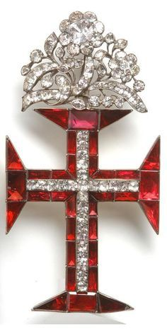 Dorure au reversExquisitely Designed- An century white topaz, garnet and gold Cross of the Portuguese Order of Christ, Portugal, Royal Jewels, Crown Jewels, Dom Manuel, Antique Jewelry, Vintage Jewelry, Bijoux Art Nouveau, Portuguese Culture, Templer