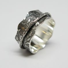 Sterling Silver Leaf Pattern Spinner Ring with Branch Spinner