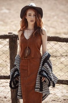 Picture of Elçin Sangu Turkish Women Beautiful, Turkish Beauty, Photos Des Stars, Beauty Redefined, Famous In Love, Elcin Sangu, Bollywood, Turkish Fashion, Turkish Style
