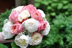 https://blumen-koch.de/de/galerie/1/hochzeit-wedding  Rosen für die Braut und die ewigwährende Liebe ...