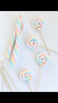 How-To: Easter Marshmallow Pops