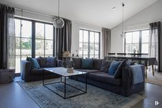 intressantahus-alricsson-12 Inside Home, Compact Living, Building A House, House Plans, House Ideas, Villa, New Homes, House Design, Couch