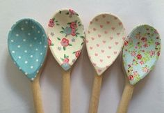 Spoon Art Diy, Wooden Spoon Crafts, Wood Spoon, Home Crafts, Diy And Crafts, Arts And Crafts, Decoupage, Mosaic Diy, Mosaic Projects