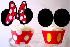 Mickey and Minne Cupcakes Disney Birthday, Mickey Mouse Birthday, Disney Cupcakes, Mickey Mouse Clubhouse, Minnie Mouse, Pink Daisy, Mickey Mouse And Friends, Cupcake Wrappers, Mouse Parties