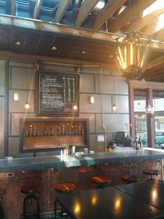 Great spot in Sacramento! Oak Park has amazing beer, food, and atmosphere! Dog friendly and kid friendly!