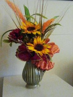 Autumn Faux Floral arrangement I just love Sunflowers and I have been looking for ideas.