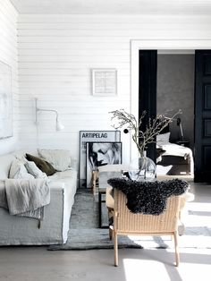"""Meet stylist pella hedeby and see her """"soft minimalist"""" home Bedroom Minimalist, Minimalist Home, Southern Living, Home Decor Bedroom, Living Room Decor, Living Area, Living Spaces, Industrial Chic, Pella Hedeby"""