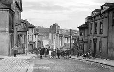 FORE STREET HILL | Saltash, Cornwall     ✫ღ⊰n
