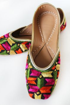 31315de345d8 US SIZE 7 Women Ballet Flats Black Embroidered Women shoes Designer Bridal  Shoes Wedding Shoes Royal Styled Jooties