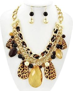 Leopard Gold Plated Pendant Collar Chunky Necklace Unusual AUS SELLER