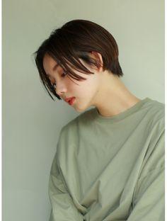 Girls With Boy Haircuts, Boy Haircuts Short, Tomboy Hairstyles, My Hairstyle, Very Short Hair, Short Hair Cuts, Korean Short Haircut, Two Block Haircut, Chi Hair Products