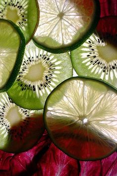 slices of kiwi fruit and lemon...delicately delicious:).