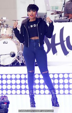 Jennifer Hudson Performs live on NBC's 'Today' show as part of their Toyota Summer Concert Series http://icelebz.com/events/jennifer_hudson_performs_live_on_nbc_s_today_show_as_part_of_their_toyota_summer_concert_series/photo1.html