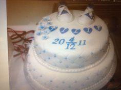 Dop tårta, våningstårta med converse skor/ Christening cake